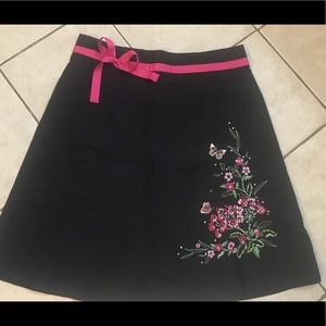 Ladies size 12 stretch skirt